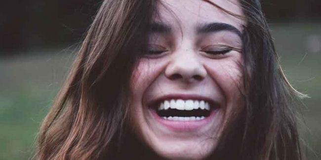 Can a Dental Crown Repair Chipped or Broken Teeth?